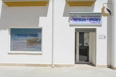 Consulta Fisioterapia y Osteopatía. Ana Fernández (Quesada)