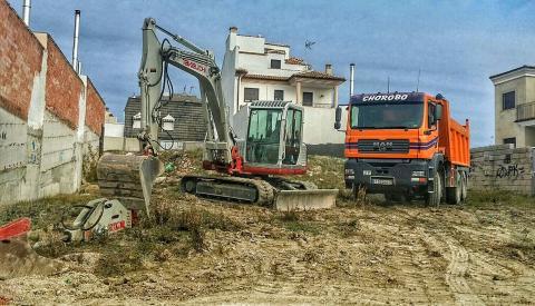 Excavaciones y Transportes Ruiz Orcera